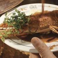 escapade-narbonne-grandsbuffets-homard