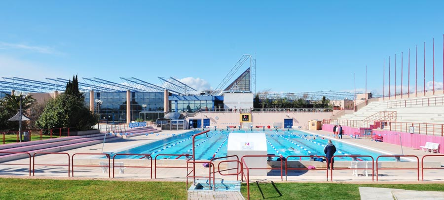 Espace libert guide tourisme narbonne languedoc for Piscine narbonne