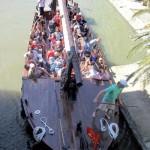 La capitane narbonne bateau navigation passagers haut