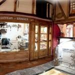Musee caveau le 1900 narbonne interieur
